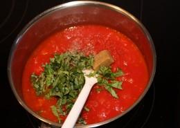 Tomatensauce Zubereitung Schritt 2