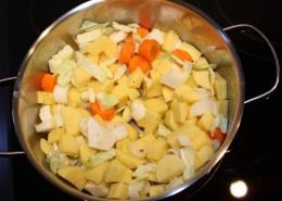 Kartoffelsuppe Zubereitung Schritt 1